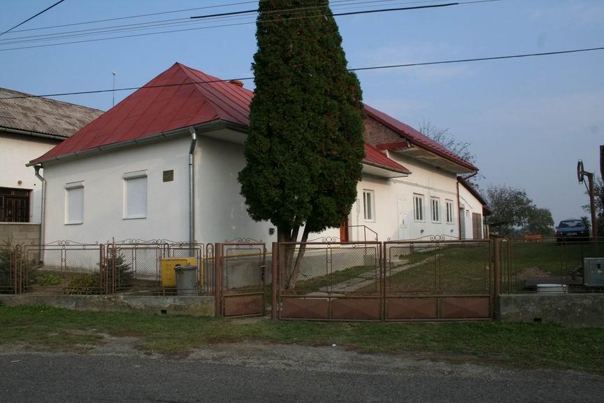 01_zborovy_dom