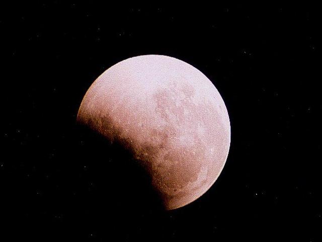 Úplné zatmenie Mesiaca - 16. sep 1997