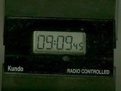 Rádiom riadené hodiny