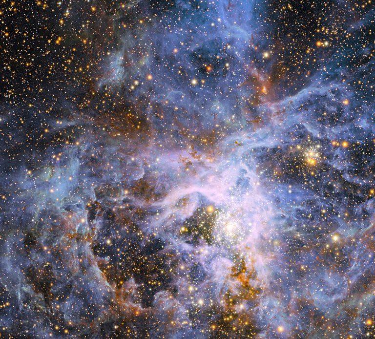 svietiva hviezda vfts 682.jpg