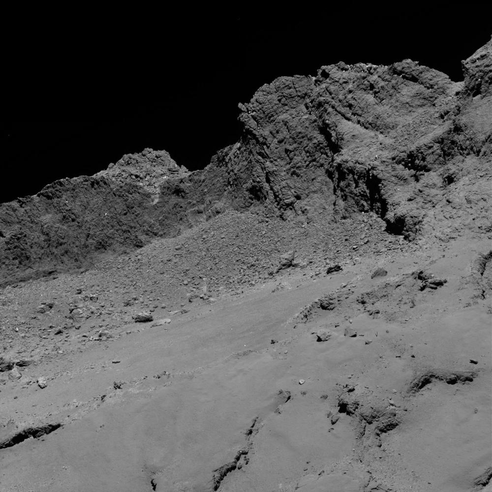 Detail povrchu jadra kométy